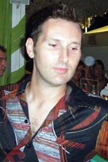 Larry Pontardawe-Clydach